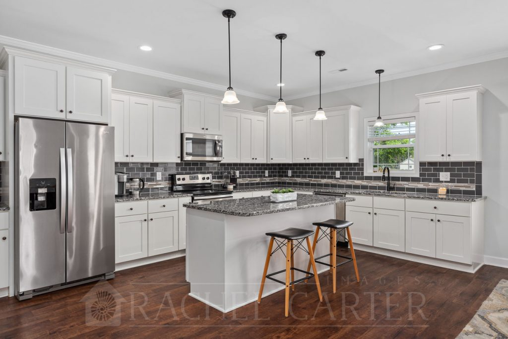 Real Estate Photography - Rachel Carter Images - Staged Kitchen in Holly Ridge, NC